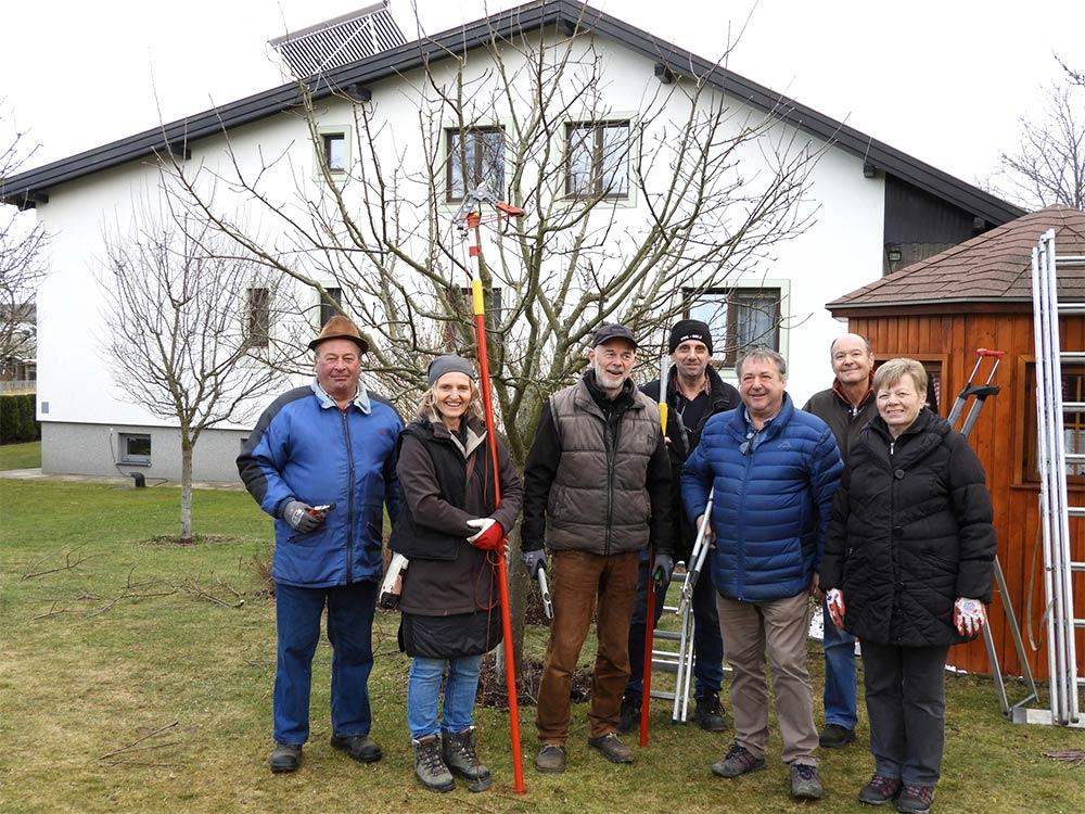 Obstbaumschnittkurs_MarbachWald_Gruppe_2020